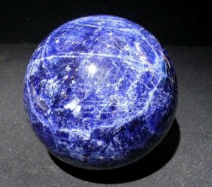Лечебные магические свойства камня аквамарин кому